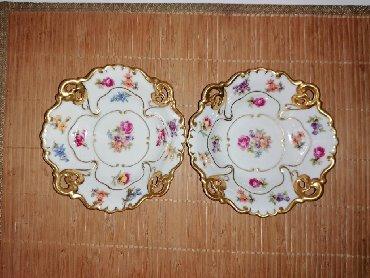 Ostali kućni dekor - Srbija: Henneberg-Porzellan 1777 made in Germany. Dve tacne širine 14cm,visine