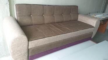 Продаю диван (раскладывается под 2х спальную) высота 0.8м ширина 2.10м
