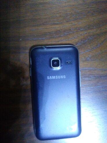 Samsung galaxy j1 - Азербайджан: Б/у Samsung Galaxy J1 Mini 1 ГБ Черный