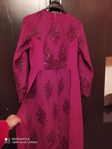 Продам платье одевали только один раз Шили по заказу