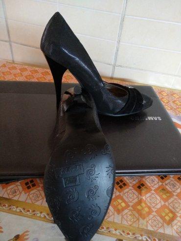 v otlichnom sostojanii botinki в Кыргызстан: Туфли 35 размер, новые