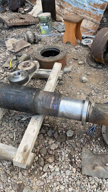 Работа - Кировское: Требуются разнорабочие по ремонту камнедробилок работа не тяжелая