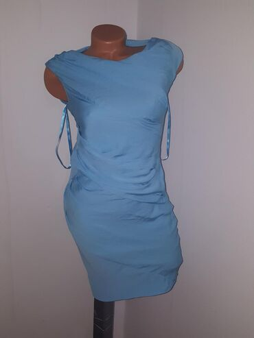 Nova elegantna haljinica iz inostranstva S XS