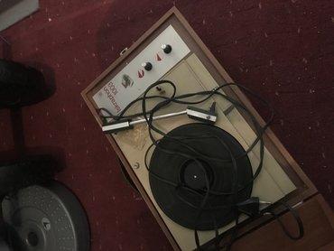 Elektronika   Becej: Gramofon Iskraphone 1003, u prrfektnom stanju stanju, kao nov nigde