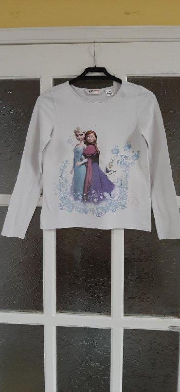 Dečiji Topići I Majice | Kragujevac: Elsa & Ana Disney majica, H&M brend. Velicina 134-140 cm