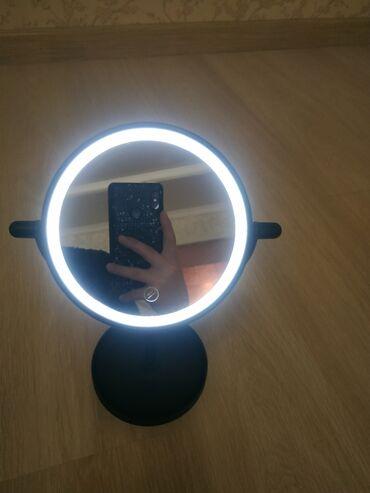 Зеркало новое и чистоеЗеркало с подсветкой. Брали 2 шт брали, одной