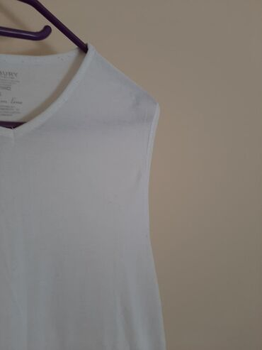 Majica zenska bez rukava. Veličina L