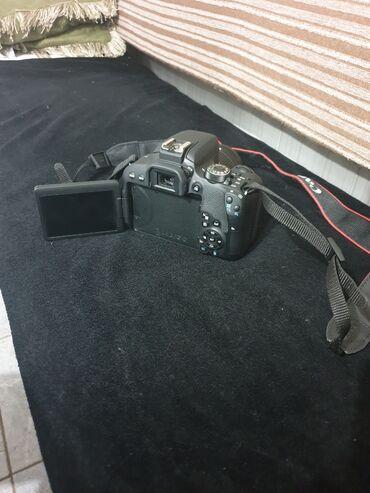 Фотоаппарат Canon 800D сенсорный