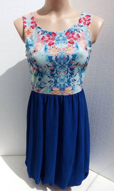 PLAVA HALJINA CVETNOG DEZENA vel. 38Kao nova plava haljina sa cvetnim