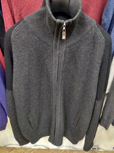 Продаю куртку-свитер 54-56го размера...турция, отличного качества... в Бишкек