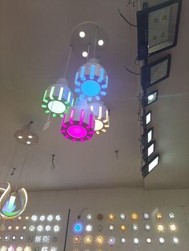 basavik satilir в Азербайджан: Rengli lustur satilir kreativ lusturler coxdu istiyen zeng ede biler