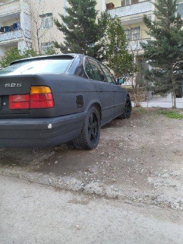 Bakı şəhərində BMW 525 1995