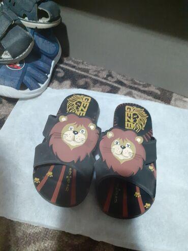 Продаю детские обуви б/у по 150 сомов