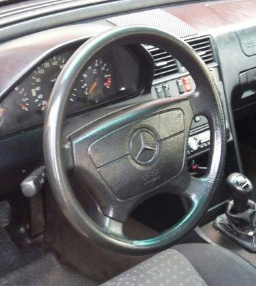 Na prodaju volan sa airbegom u odlicnom stanju za mercedes c180,w202 - Nis