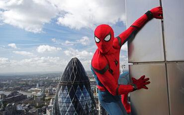 Игра Amazing Spider man на PS4. Новая в коробке, еще запакована