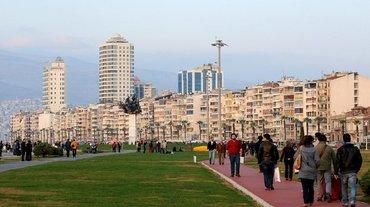 Bakı şəhərində Sahilde yerlesen hotelin muhafizesine boyu 1.69dan yuxari, praktik