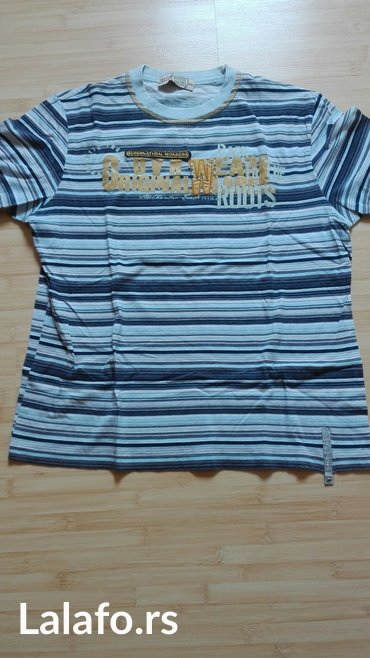 Muska majica odgovara velicina l cena 150 - Beograd