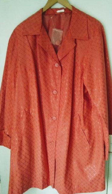 Ženska odeća | Vladicin Han: Ženski mantil trapezastog kroja, vel.46. Širina ramena 42cm, širina