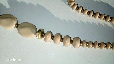 Ogrlica elegantna bez ostecenja,prelepa - Cuprija