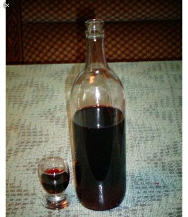 Na prodaju cisto prirodno domace kupinovo vino kao krv crveno a jarko - Kragujevac