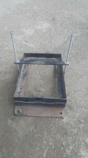колба для кофеварки скарлет в Кыргызстан: Продаю держатель(подставка,крепление)для аккумлятора до 90А