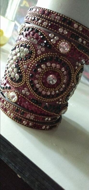 Личные вещи - Джалал-Абад: Продаю Индийские браслеты (комплект)+ серьги