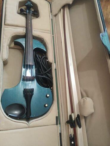 Продается электро скрипка полная ( производство Корея), с колонкой
