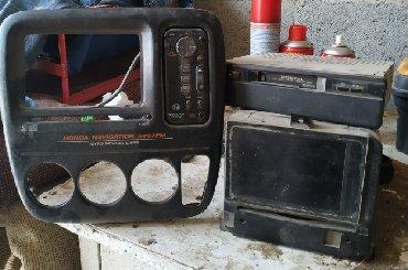 магнитофон для машины в Кыргызстан: Продаю родной магнитофон на Хонда CR-V RD1 Б/У с рамкой. В нормальном