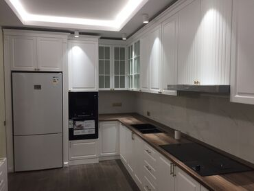 Изготовление мебели кухни классика кухни акрил . Шкафы классика шкафы