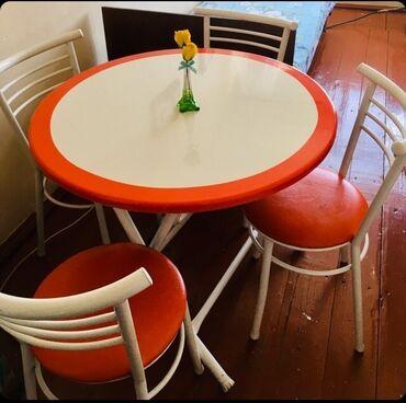 Stol 4 stoluyla birgə 200 manata satılır.220 manata almışam.2 həftə