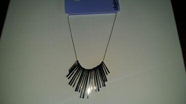 Haljina-na-popustu-xl - Srbija: Claire's ogrlica (novo).Bižuterija koja ne rdja i ne ostavlja tragove