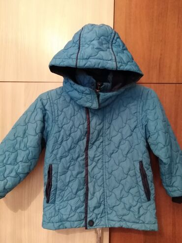 Куртка детская 4-3годика.очень тёплый. Состояние отличное