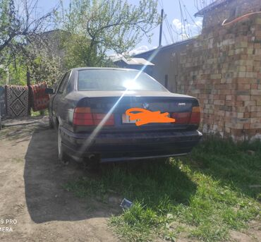BMW - Газ - Бишкек: BMW 520 2 л. 1993 | 250 км