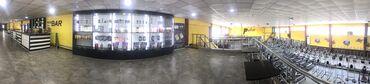 Оборудование для бизнеса в Лебединовка: Сдаю витрины для продажи спорт питания