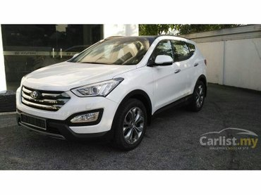 Bakı şəhərində Hyunday Santa fe 2015 only with driver.Driver speak inglish and have