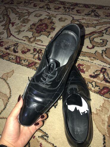 hjugo boss muzhskaja odezhda в Кыргызстан: Продаю мужские туфли-ботинки от бренда BOSS Кожа оригинал Германия ! Н