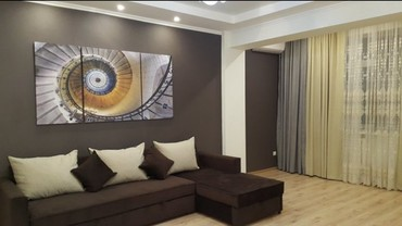 Сдается квартира: 2 комнаты, 71 кв. м., Бишкек в Бишкек