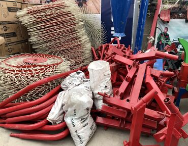 продам трактор т 25 на запчасти в Кыргызстан: Грабли-сеноворошилки d-pol 4,(четыре рабочих колёса),d-pol 5. (пять