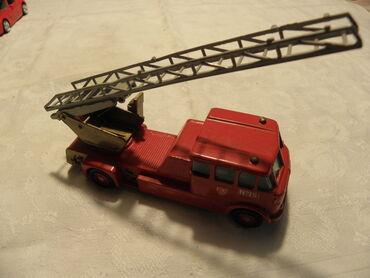 Motorola fire - Srbija: Matchbox kamion Merrywheather Fire Engine No.15 (13 cm. ), England
