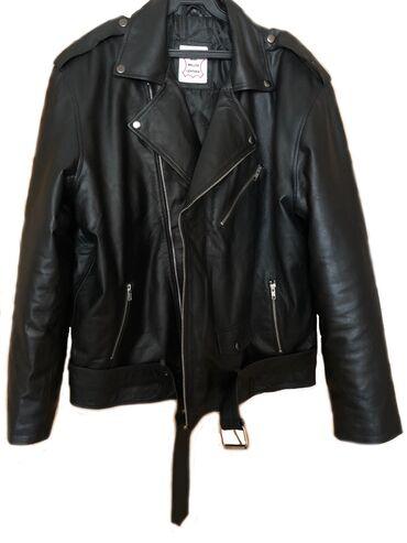 куртка в Кыргызстан: Продаю новую мужскую кожаную куртку косуху. Кожа мягкая и очень