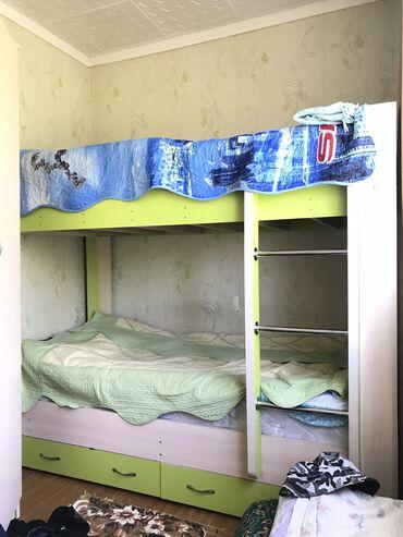 44 объявлений: Двухъярусная кровать!!! Продаю вместе с матрасами. Все в отличном