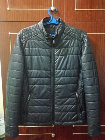 Куртка новая, кожаная, темно синего в Бишкек