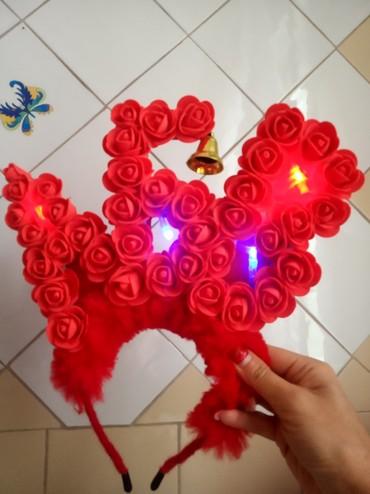 Продаю ободок ручной работы из роз фоамина можно включить подсветку