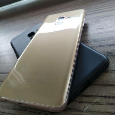 Б/у Samsung Galaxy A8 2018 32 ГБ Золотой