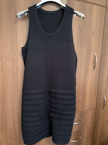 Платье трикотаж размер 42-44