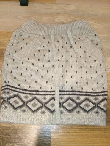 Zimska suknja Orsay xs  Neoštećena
