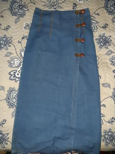 Юбка. Тонкая джинса. Очень удобная, впереди разрез. размер XL