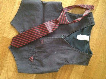 Prsluk i kravata,imam puno i kosuljica,pogledajte moje istale iglase. - Belgrade
