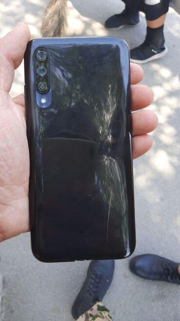 Xiaomi mi a3 4 ram 64 yaddaw prablemsiz telefondu 2 aydi alinib tecili