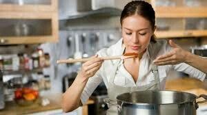 Potrebni kuvari, pomoćni kuvari, konobari, pomoćni konobari, pica majs - Novi Sad